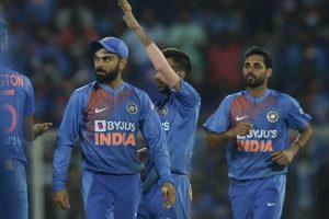 Virat Kohli screamer lights up gloomy day for Indian fielders