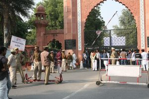 Case filed against 1000 AMU students for violence during anti-CAA protests