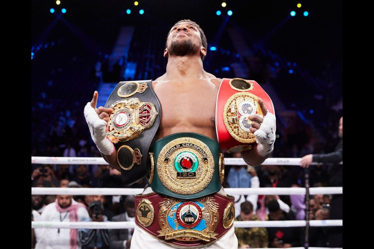 Anthony Joshua likely to face Kubrat Pulev on UK return