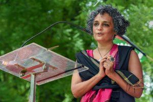 'Arundhati Roy idolises criminals like Ranga-Billa': Uma Bharti hits out, Congress joins