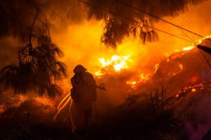 Aussie firefighter killed in 'fire tornado'