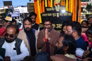 Jharkhand: Hemant Soren to take oath today amid show of strength for Opposition
