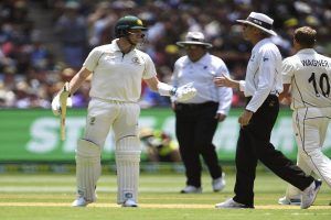 Nigel Llong slammed by cricket experts for poor umpiring in New Zealand-Australia Test