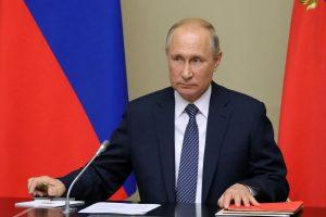 Vladimir Putin calls for 'constructive dialogue' with UK PM Boris Johnson