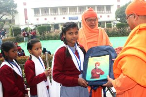 Ramakrishna Mission conducts Narayan Seva on the occasion of Christmas