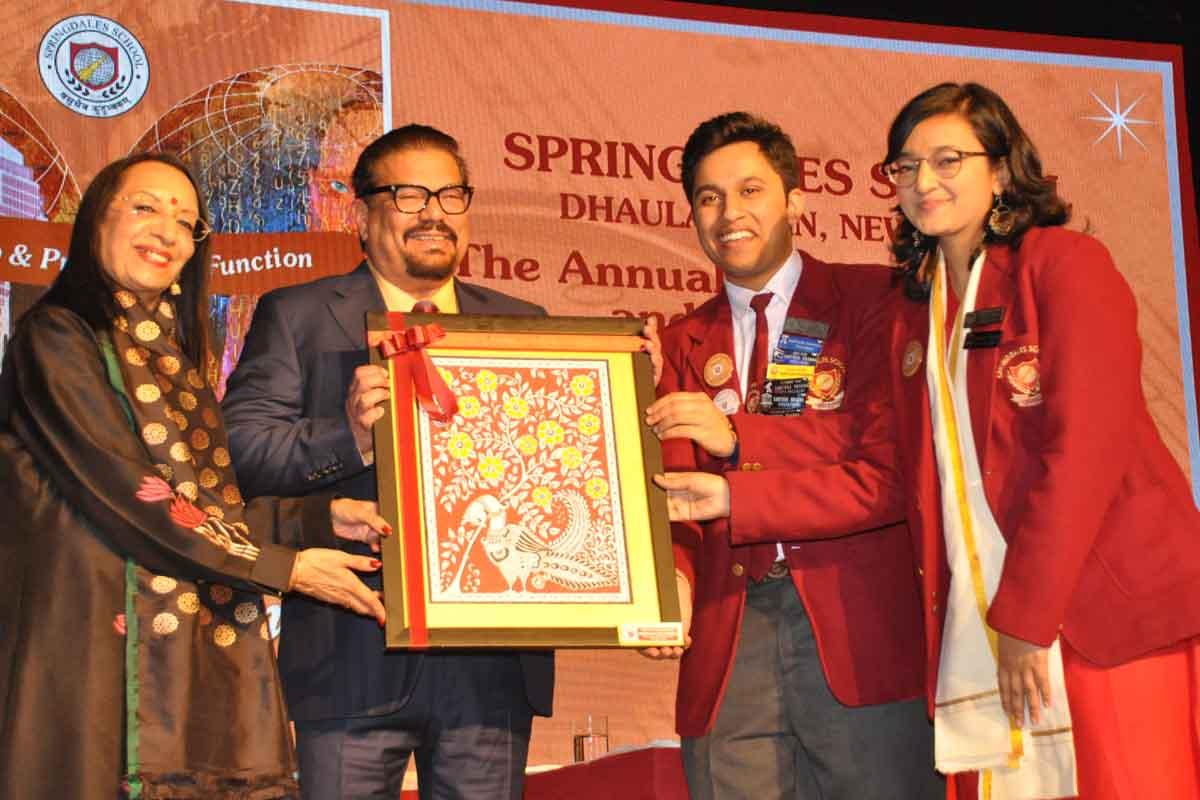 Springdales School, Vir Sanghvi, Seema Goswami, Mahatma Gandhi, Bob Dylan