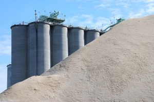 Congress opposes setting up of cement plant at Basantpur in Shimla