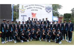Glory Run – IAF felicitates Kargil to Kohima Ultra Marathon achievers