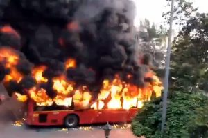 Violent clashes erupt in South Delhi over CAA, Metro services disrupted after buses set on fire