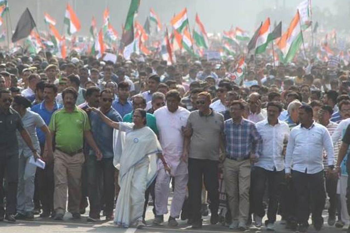 Mamata, Kolkata, Citizenship Amendment Act, CAA, NRC, Mamata Banerjee, Bengal, Jamia Millia Islamia, BJP, TMC, Ram Nath Kovind, Narendra Modi, West Bengal