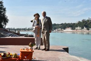 Swedish Royal couple enjoys beauty and religious fervor of Rishikesh