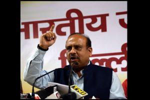 Ruckus broke out on last day of Delhi Assembly, Vijender Gupta marshalled out