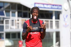 Chelsea could swap star player with Wilfried Zaha