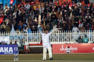 Abid Ali becomes first Pakistani player to score tons in first two Test matches