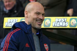 Arsenal interim manager Freddie Ljungberg to seek advice from Arsene Wenger before 1st home match