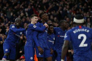 Arsenal vs Chelsea: Blues rally to stun Gunners 2-1 in London derby