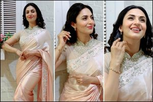 Divyanka Tripathi poses an elegant figure in peach saree; see pic