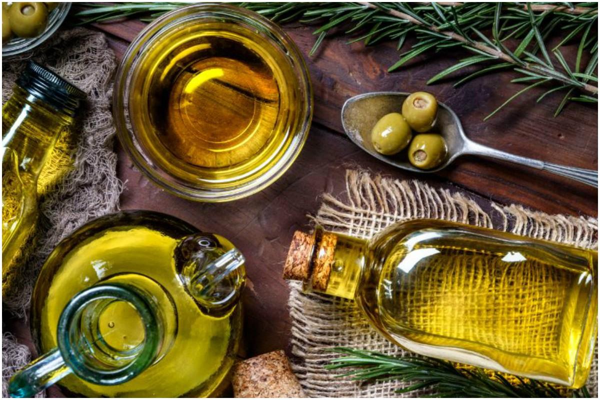 Sunflower seed oil, Natural face masks, skin, winter. skincare, wintercare