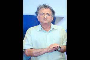 A wise government would withdraw Act: Ramachandra Guha