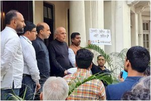 Mahesh Bhatt joins protest against Citizenship Act, Bollywood celebs raise voice against law