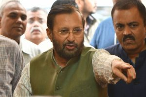 No Indian study shows any correlation between pollution, shortening of lifespan: Javadekar