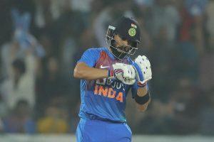 SEE | Cricket fraternity hails Virat Kohli masterclass, Amitabh Bachchan posts special tweet