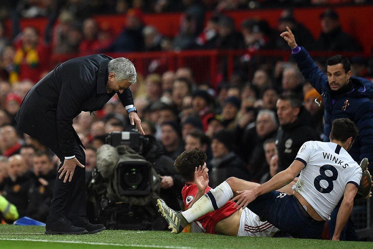 Manchester United Upset Tottenham Hotspur Hand Jose Mourinho A Forgetful Homecoming