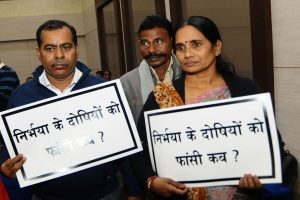 Nirbhaya parents move President office, seek rejection of convict's mercy plea