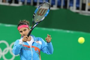 COVID-19: Sania Mirza steps ahead to raise funds for daily wagers
