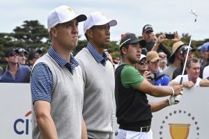 Late fightback keeps Tiger Woods' US in hunt at Presidents Cup