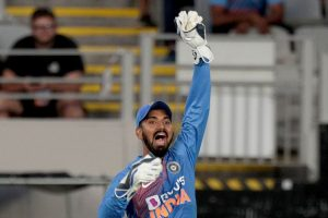 KL Rahul as wicketkeeper is a short-term solution, says Parthiv Patel