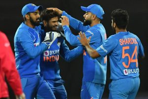 New Zealand's Super-Over misery continues as India win 4th T20I