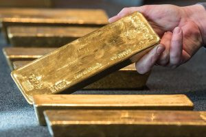 Prices of gold, silver plunges amid stronger rupee and weak global trends