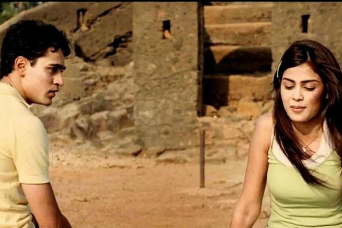 Valnetine's Day, romantic films on Valentine's Day, Bollyood films, Barfi, 2 Sates, Jab We Met, Hasee Toh Phasee, Love Aaj Kal, Jaane Tu...Ya Jaane Na, Yeh Jawaani Hai Deewani, Namastey London