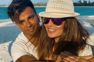 Bipasha Basu celebrates birthday with Karan Singh Grover in Maldives