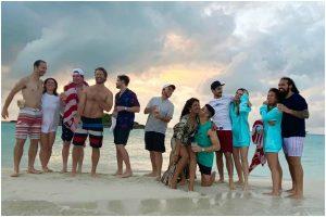 Priyanka Chopra, Nick Jonas post family pics from beach vacation