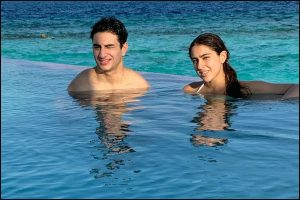 Sara Ali Khan kicks of New Year with brother Ibrahim in Maldives