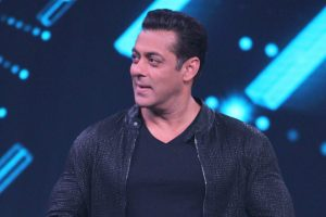 Salman Khan announces his next 'Kabhi Eid Kabhi Diwali'