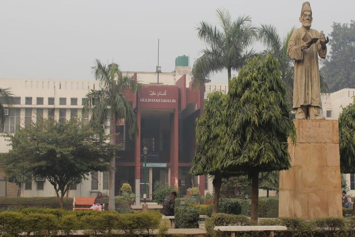 NHRC visits Jamia campus, records statement of students injured in violence