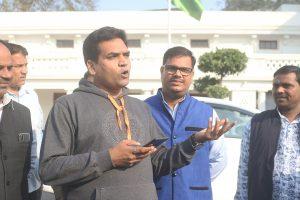 EC asks Twitter to remove BJP leader Kapil Mishra's communal tweets, seeks explanation