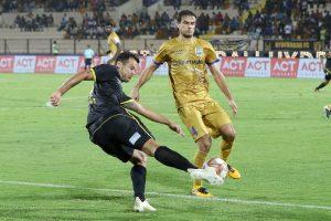 ISL 2019-20: Hyderabad peg Mumbai back with late penalty