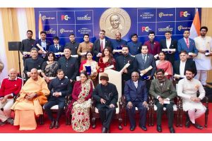 Anurag Thakur gets Champions of Change 2019 award