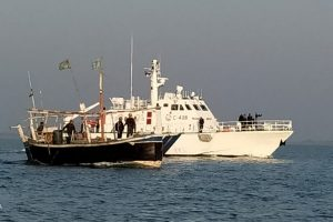 Contraband seized from Pakistani boat in Indian waters, five apprehended