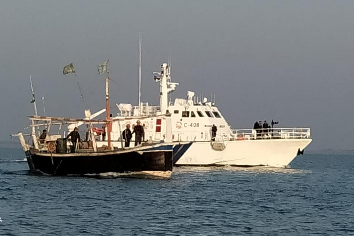 Contraband, Gujarat ATS, Gujarat Police, Indian Coast Guard, ATS, Gujarat, Pakistan