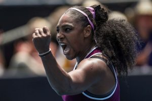 Serena Williams, Wozniacki march into Auckland semis
