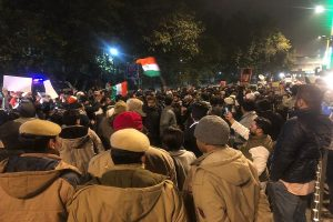 Students agitating against Jamia firing detained, removed from outside Delhi Police headquarters