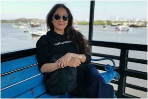 Neena Gupta sets trends in casual winter fashion