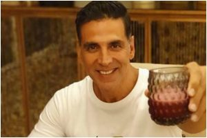 Akshay Kumar takes up 'Whats In Your Dabba' challenge, gives sneak peak of his dabba