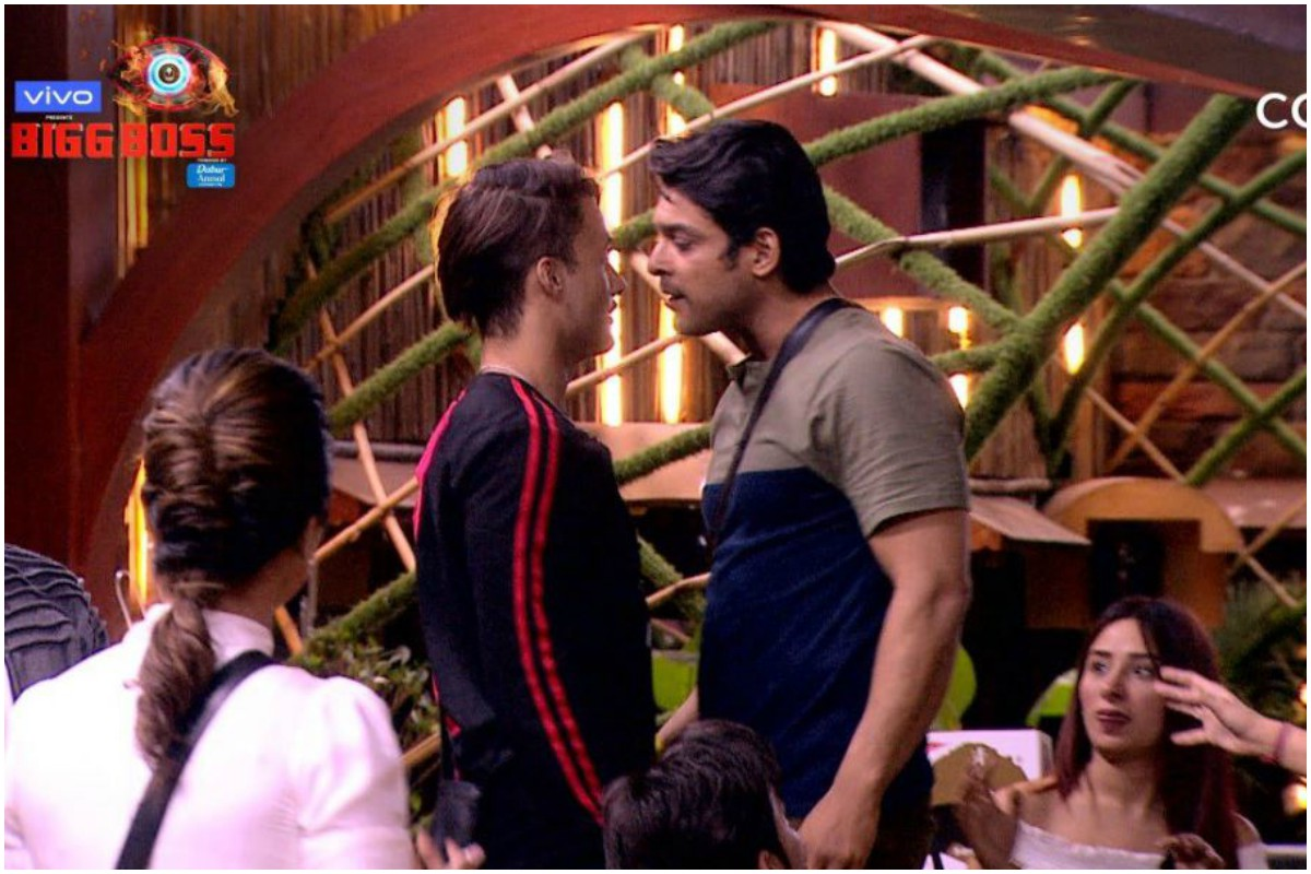 Are you a die-hard fan of 'Bigg Boss'? Seems like these habits are relatable enough