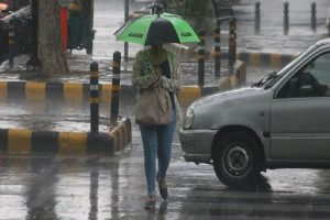 Delhi-NCR receives rain, air quality remains 'poor'